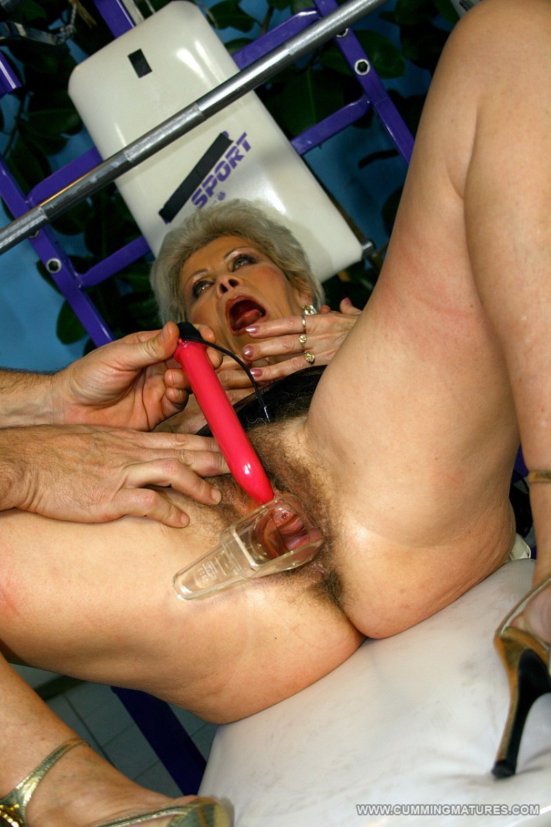 See more hot mature sex on Cumming Matures!