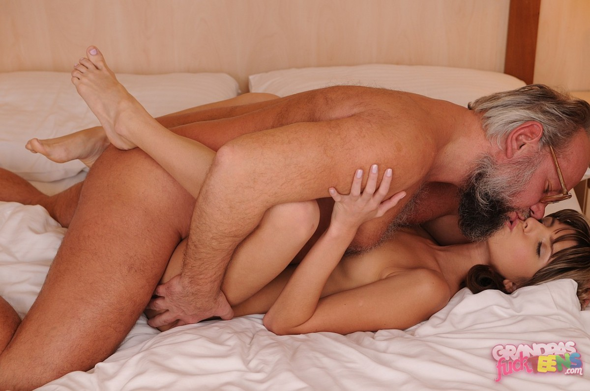old men fuck slut xxx