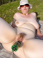 Go to Swing My Tit Free Pictures Gallery