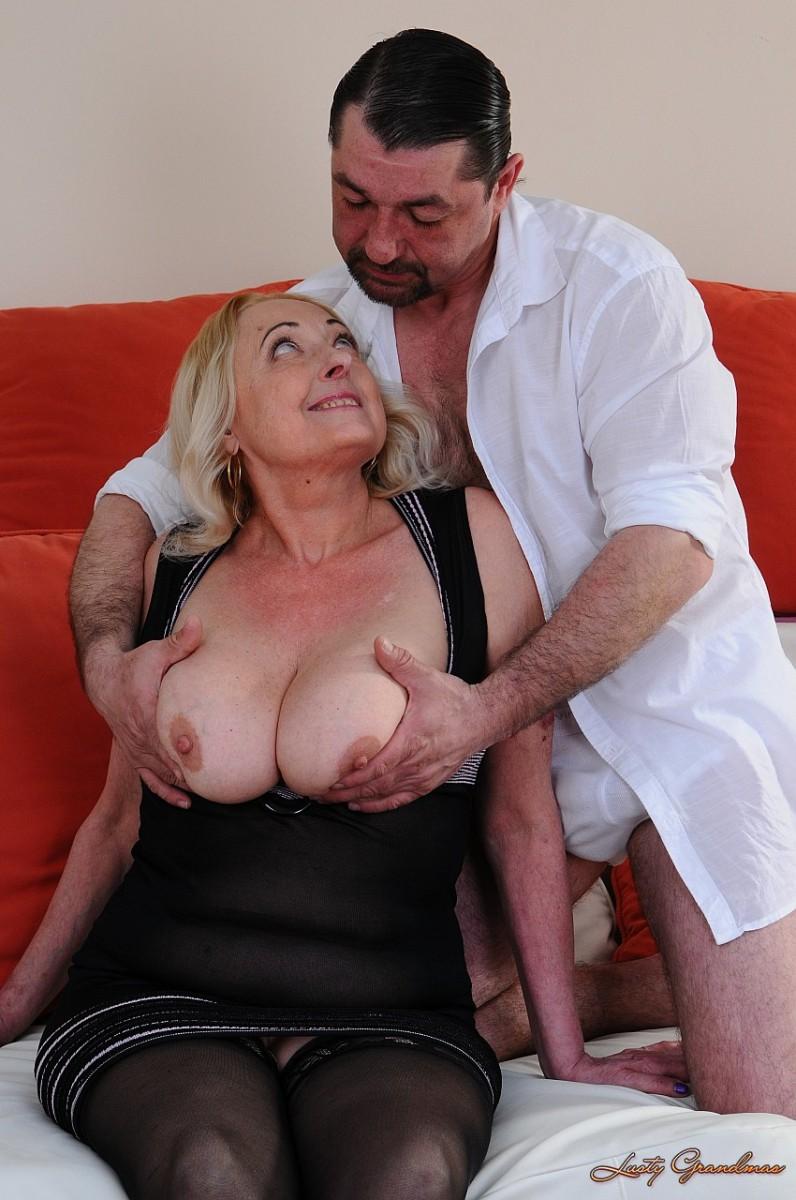 krasivaya-porno-erotika-i-babushek