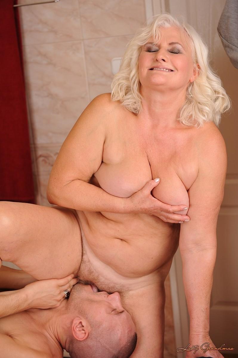 порно видео старих женщин за 60 лет