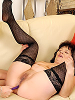 Go to Mature Love Free Pictures Gallery