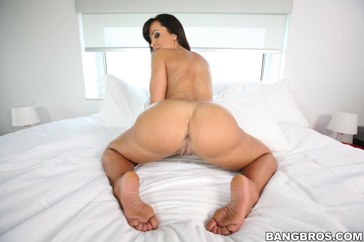 Pornstar titty fuck cumshot