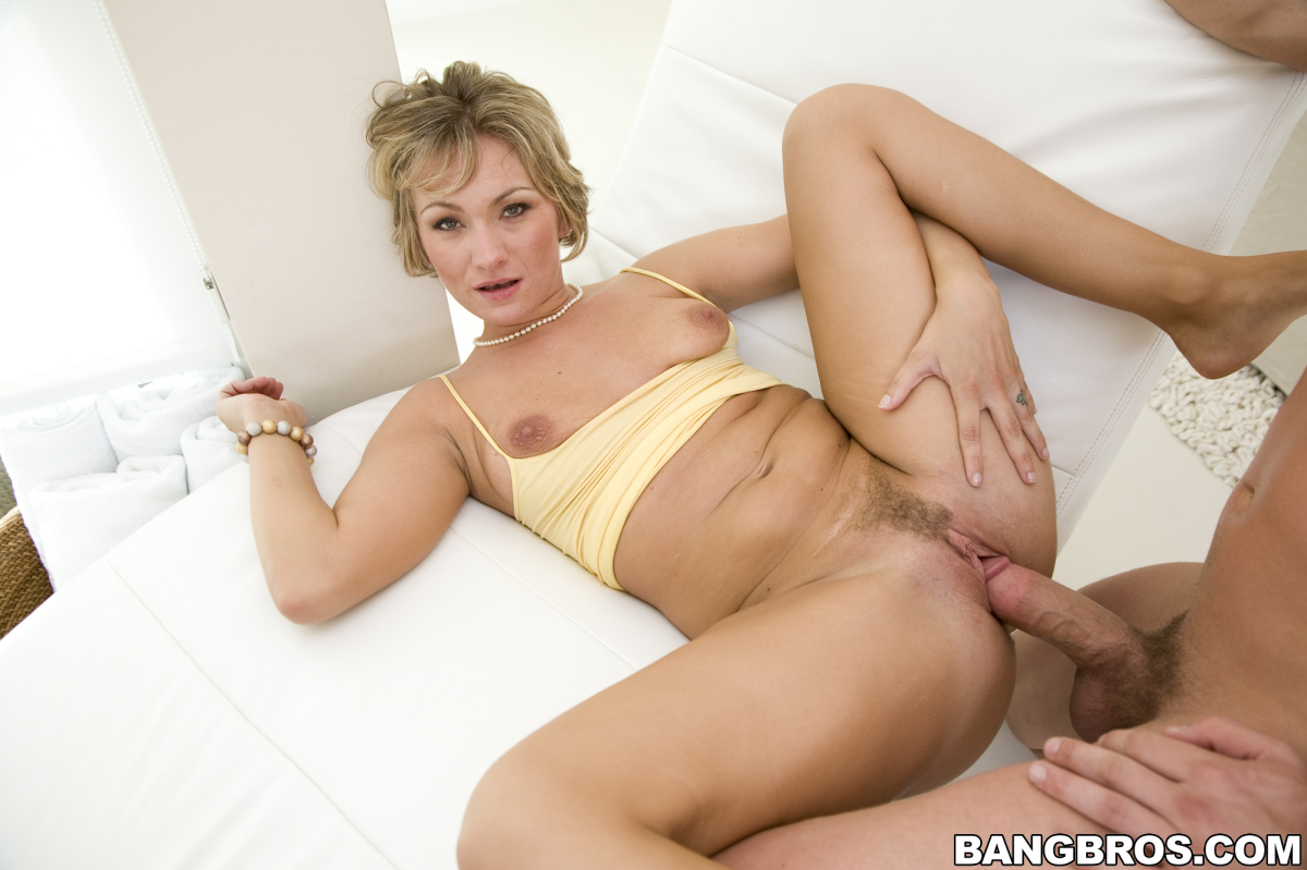 porn pictures of real woman being fucked