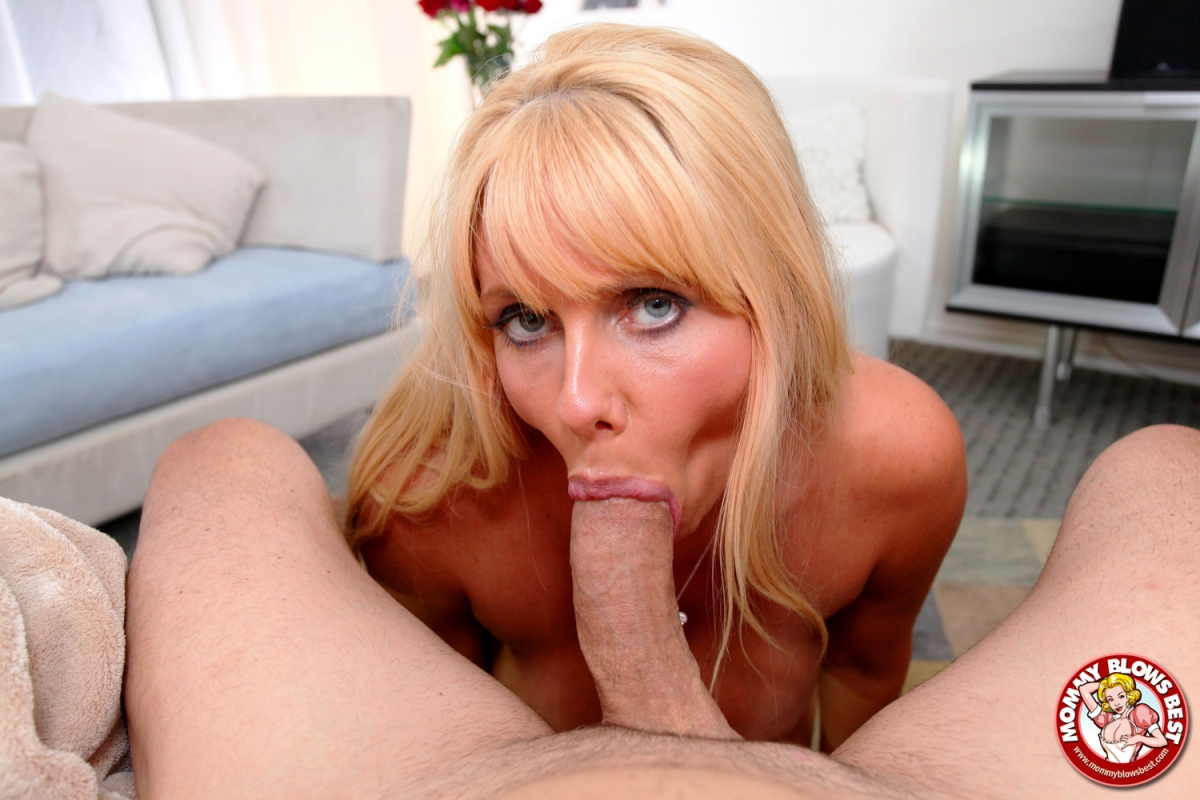 Saddle dildo orgasm