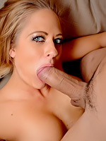 Go to Bossy Boobs Free Pictures Gallery
