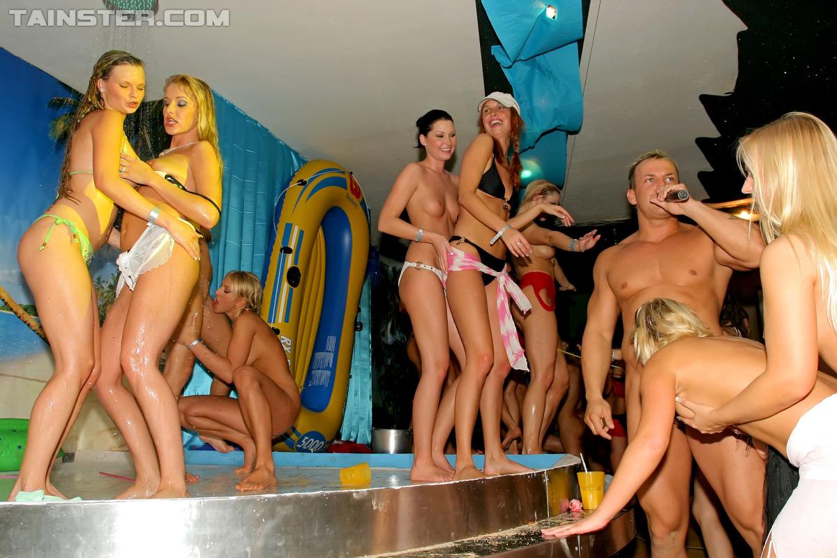 Эротические реалити шоу смотреть онлайн, реалити шоу » Порно видео с молоденькими 18 летними 17 фотография