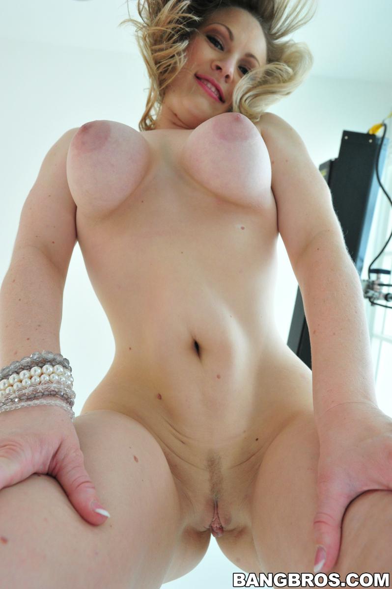 Vicky stark nude video