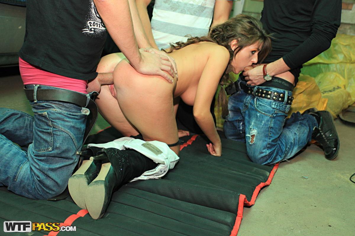 порно съем на улице женщины
